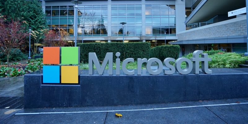 Microsoft logo in front of office in Redmond, USA