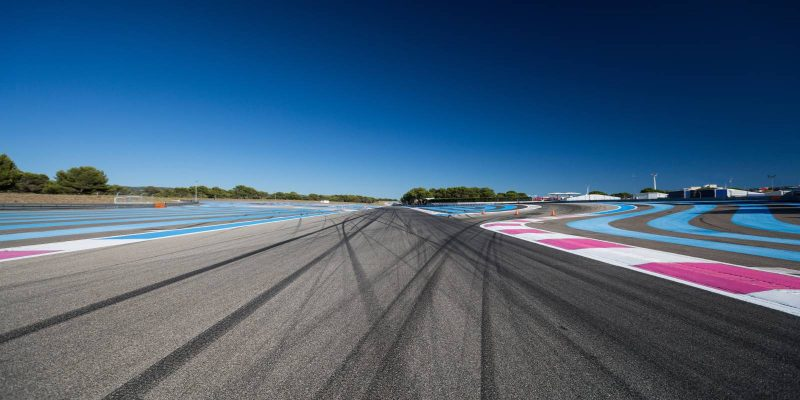 A Formula 1 race track with tyre marks